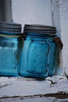 Love the blue Ball mason jars! Antique Bottles, Vintage Bottles, Bottles And Jars, Antique Glass, Glass Bottles, Ball Canning Jars, Ball Jars, Vintage Mason Jars, Blue Mason Jars