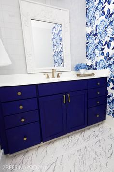 Blue and White Bathroom Makeover Reveal - One Room Challenge Week 6 - 2 Bees in a Pod Purple Bathrooms, White Bathrooms, Modern Bathrooms, Small Bathrooms, Master Bathroom, Bathroom Vanities, Bathroom Shelves, Bathroom Ideas, Brass Bathroom