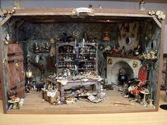 Halloween Village, Halloween Doll, Halloween House, Halloween Crafts, Miniature Rooms, Miniature Crafts, Miniature Houses, Haunted Dollhouse, Haunted Dolls