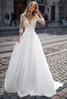 Elegance is where timelessness meets luxury, and our website is where an elegant wedding dress meets her bride. Evening Dresses For Weddings, Long Wedding Dresses, Elegant Wedding Dress, Bridal Dresses, Wedding Gowns, Elegant Dresses, Wedding Cakes, Wedding Rings, Tulle Wedding