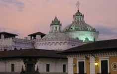 Quito City Tour by Night - Ecuador #quitoecuador