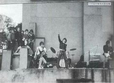 U2 first concert at mount temple school in dublin 1976 (with the name of feedback)