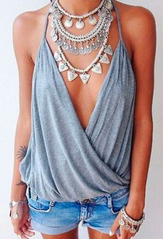 Love the Necklace...and the Top is Pretty Damn Cool! #necklace #necklaceLayering #jewelry
