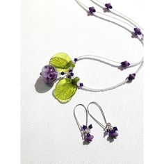 Necklace earrings purple and white petal glass lampwork beads and... (€83) ❤ liked on Polyvore featuring jewelry and necklaces