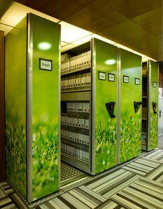 ¡Conoce nuestros archivos móviles o rodantes! Paper Storage, Locker Storage, Home Office, Furniture Design, Spring Awakening, Libraries, Tips, Closet, Home Decor