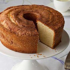 Perfect Pound Cake - Barefoot Contessa Perfect Pound Cake Recipe, Pound Cake Recipes, Pound Cakes, Just Desserts, Dessert Recipes, Mexican Desserts, Fancy Desserts, Sweet Desserts, Food Network Recipes