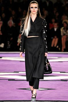 Prada Fall 2012 Ready-to-Wear Collection Slideshow on Style.com
