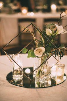Trending – 20 Industrial Geometric Wedding Centerpieces for 2019 Modern Decoration modern wedding decor Geometric Wedding, Floral Wedding, Diy Wedding, Wedding Day, Wedding Reception, Decor Wedding, Crystal Wedding Decor, Hashtag Wedding, Modern Wedding Theme