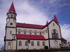 Casi 100 años han pasado desde la construcción de la Iglesia del Sagrado Corazón de Jesús en Puerto Varas, pero aún así, sigue siendo punto de referencia en esta ciudad al sur de Chile.