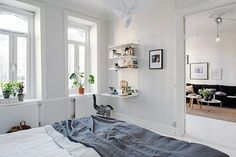 Shades of grey in a lovely Gothenburg home. Alvhem Makleri.