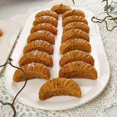 Mooncake Dessert Recipe - Tried Recipes faciles gourmet de cocina de postres faciles pasta saludables vegetarianas Turkish Recipes, Greek Recipes, Ethnic Recipes, Pizza Recipes, Healthy Dinner Recipes, Dessert Recipes, Mooncake, Pizza Pastry, Vegan Meal Prep