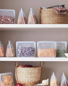 How about organizing your vegan, plant based pantry with Stasher Bags instead of jars or canisters? Pantry organization inspiration via Green Boheme, Kitchen Organization, Organizing Drawers, College Organization, Minimalist Home, Sustainable Living, Design Awards, Getting Organized, Organized Home