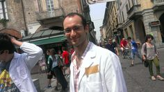 Il ricercatore sbavagliato dopo il flashmob a Pavia #italy4science