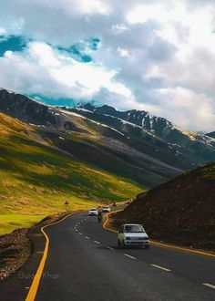 PAKISTAN, fantastic view and beauty of beautiful Babusar top road beauty at Naran Kaghan valley, kpk, Pakistan. courtesy by Street Photography, Landscape Photography, Nature Photography, Travel Photography, Beautiful Roads, Beautiful Landscapes, Largest Countries, Countries Of The World, Way To Heaven