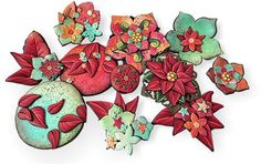 Sophie Arzalier (Cristalline) starts her holiday decorating with polymerthathints of enamels. The poinsettia petals and backgrounds are made with subtle blends that make them glow. Sophie takes advantage ofone sure-fire palette and combines [...]