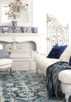 Beautiful French Country Living Room Decor Ideas (40)
