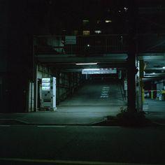 Urban Aesthetic, Night Aesthetic, City Aesthetic, Aesthetic Green, Dark Photography, Night Photography, Nocturne, Dark Places, Resident Evil