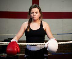 portrait-of-female-boxer-picture-id490805843 (457×376)