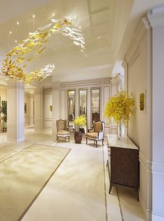 Lasvit, Four Seasons Hotel.  Las it means Love & Light in Czech.  They were founded in 2007 in the Czech Republic & is the leading manufacturer of custom accessories, contemporary lighting, glass plants using the precision & experience of Czech master glass skills.