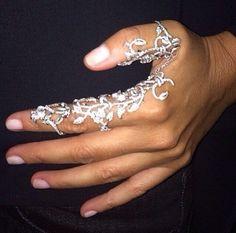 OMG!! thumb finger ring, floral flower, two finger ring