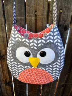 Just Another Hang Up: Crossbody Owl Purse Pattern & Tutorial Need to make this for Rebekah!!