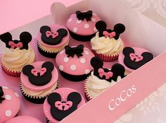 Mini Mouse Cupcakes, Minnie Cupcakes, Mickey Cakes, Mickey Mouse Cake, Minnie Mouse Pink, Minnie Mouse Cake, Birthday Cupcakes, Minnie Mouse Birthday Decorations, Minnie Mouse Theme Party