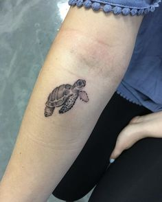 85f722afcfc0f world on the back of a turtle tattoo. I adore this so much | Tattoo ...