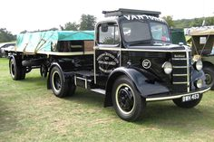Bedford O series, articulated. The 'O' series began life in 1939 & ran until 1953 when production ended.  O series vehicles continued tobe built during the war years of 1939 - 1945, though they were redesigned during this period, formilitary use.