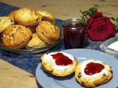 Scones - englische Rosinenbrötchen