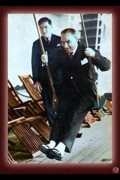 History — Republic of Turkey's founder Mustafa Kemal Atatürk. Republic Of Turkey, The Republic, Turkish Army, The Turk, Fathers Love, Papi, Great Leaders, Historical Pictures, Revolutionaries