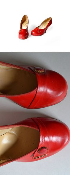 1940s Red Babydoll Shoes….  CRUD-BALLS!  Here's yet another great vintage shoe too small for my feel.  How did women awl;k back then on those tiny little feet?  If you wear a five and a half jot's your lucky day.