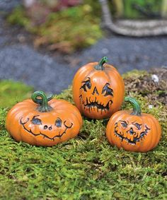 This Jack O' Lantern Décor - Set of Three is perfect! #zulilyfinds
