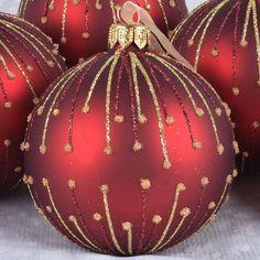 Gold Christmas Decorations, Painted Christmas Ornaments, Christmas Tree Ornaments, Christmas Projects, Holiday Crafts, Christmas Holidays, Lisa Robertson, Homemade Christmas, Creations
