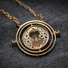 Hermione's Hourglass Time Turner... For the Harry Potter in Me.