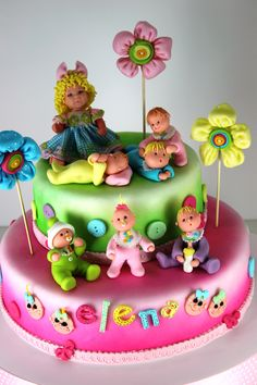 Baby characters on cake