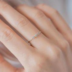 Cute Promise Rings, Cute Rings, Small Rings, Pretty Rings, Beautiful Rings, Small Wedding Rings, Small Diamond Rings, Promise Ring Band, Simple Diamond Ring