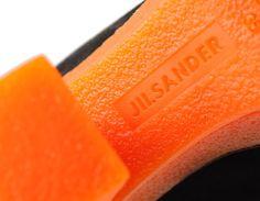 Shop Online: JIL SANDER Shoes New Collection - Scarpe Tronchetto Osaka Pelle e Suede Bicolor - Stivale Coco Calf Brown e Orange e Coco Mid Calf Black