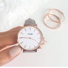 La Bohème Rose Gold White/Grey - - - We are proud to introduce our new accessory brand CLUSE comes in different colors.In shop now, online next week! SOFiNAH shop Source by Cute Watches, Stylish Watches, Jewelry Accessories, Fashion Accessories, Gold Jewelry, Jewellery, Watch Accessories, Hand Watch, Fashion Watches