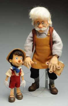 "Lot: R. John Wright ""Geppetto & Pinocchio"" Dolls., Lot Number: 0071, Starting Bid: $200, Auctioneer: Dan Morphy Auctions, Auction: Toys, Trains, Marbles & Dolls Sale Day 1, Date: September 10th, 2015 CEST"