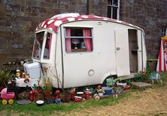 La Rosa Campsite Extraordinaire (Whitby/ U.K.) stay in gypsy wagons and circus tents surrounded by the North Yorkshire Moors National Park