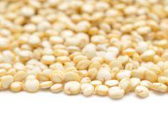 Sind auch Sie in Supermarkt oder Reformhaus schon mal auf eine Tüte mit Quinoa gestoßen und haben sich gefragt, was man damit macht?