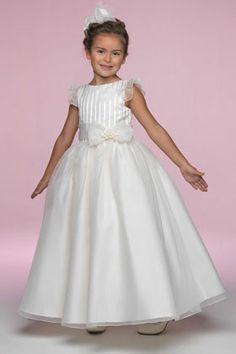 Princess/Ball Gown Jewel Natural Waist Pleated Long Satin White Flower Girl Dresses