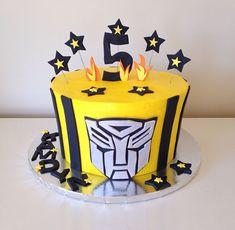 Transformers Bumblebee cake by Kristy Dax | cakesbykristy.com