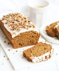 Selecting The Suitable Cheeses To Go Together With Your Oregon Wine Gezonde Pompoen Cake Healthy Carrot Cakes, Healthy Pumpkin, Healthy Sweets, Healthy Baking, Snacks Sains, Good Food, Yummy Food, Food Cakes, Savoury Cake