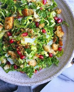Yes to @supperwithmichelle's winter salad of Brussel Sprout  Kale Salad with homemade Mustardy Croutons! . .#bowlsaroundboston. . . . . .#vegetarian #feedfeed #foodandwine #thenewhealthy #rsreboot #cookcl #mybsparty #brusselsprouts #mywilliamssonoma #rslove #kale #kaleyeah #inseasonnow #sunbasket #contest #eattheworld #hackingsnacking #contest