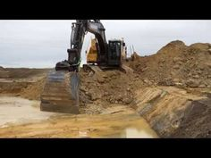 Volvo E-series crawler excavators: small but mighty - YouTube Leica, Volvo, Youtube, Baggers