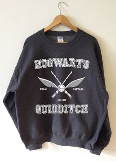 Harry Potter Clothing Hogwarts Quidditch Sweatshirt Team Captain High Quality SCREEN PRINT Soft fleece lined Unisex Sizes - World Ship Harry Potter Style, Harry Potter Outfits, Harry Potter Clothing, Harry Potter Fashion, Dress For Success, Moda Geek, Fandom Outfits, Emo Outfits, Primark