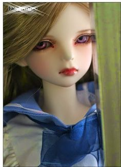 Dolls Facebook Profile Picture - Elegance and Beauty
