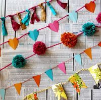 10 garlands (I love the triangles, they remind me of sports pendants). Use a sewing machine to speed up the process, though.
