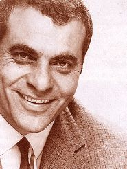 Stelios Kazantzidis - probably the greatest popular singer to come out of Greece (and Pontos before that!) He is considered a LEGEND. Music Love, My Music, Kostas Martakis, Greek Music, I Love You Mom, Greek Art, Famous Singers, No One Loves Me, Music Songs